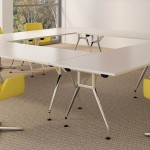 Triumph everyday folding table